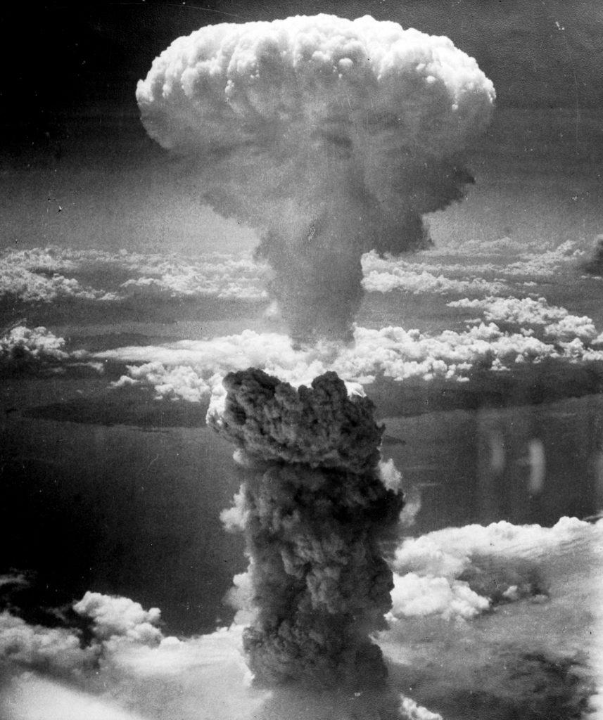 Imagen del hongo producido por la explosión de la bomba atómica en Nagasaki
